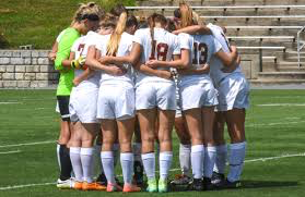 The women's soccer team finished the Fall 2018 season with a winning record.